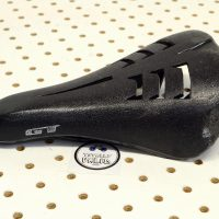 GT Show saddle, GT Performer seat, mid school bmx frestyle